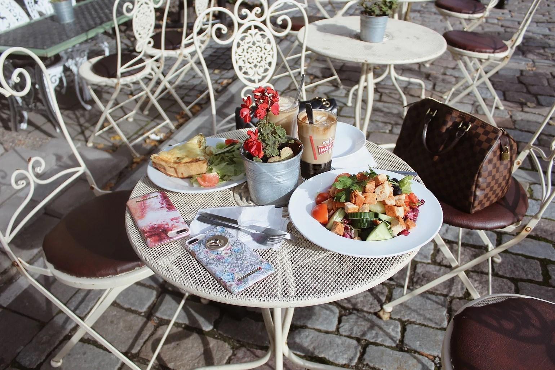 Lunch på Kungsträdgården