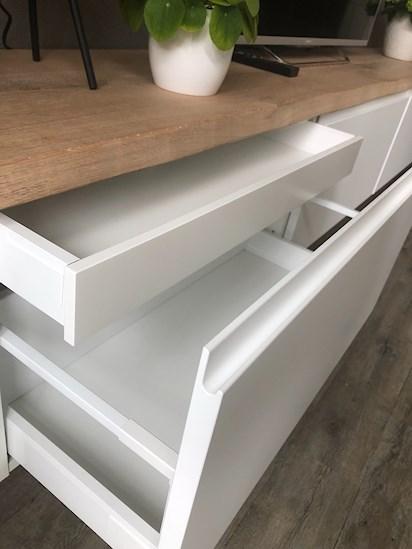 Ikea Tv Meubel Bovenkast.Ikea Hack Als Perfecte Tv Meubel Homeofsha