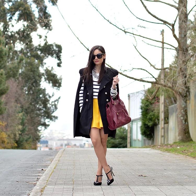zara_yoins_capa_cape_menbur_amarillo_outfit_ootd_burdeos_04