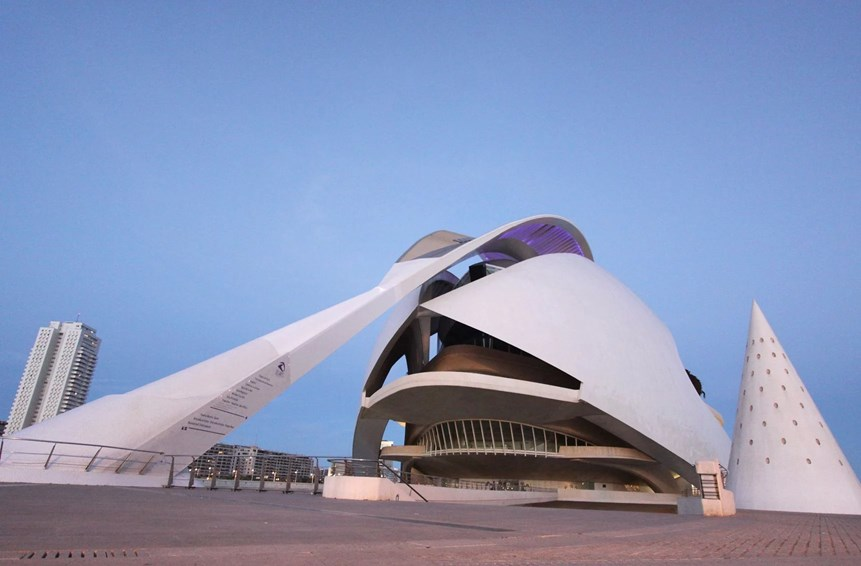 the city of arts and sience in valencia, spain. #abandoned #explore #adventure #futuristic #scifi #architecture