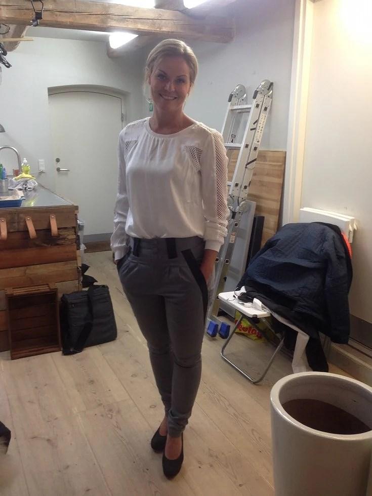 Bluse fra stylebutler, bukser fra Soulmade og sko fra Mentor.