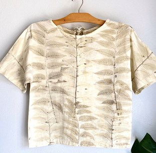 Eco-print Short sleeve Top Cotton Round neck , Natural dye , Hand dye, Botanical print with leaves