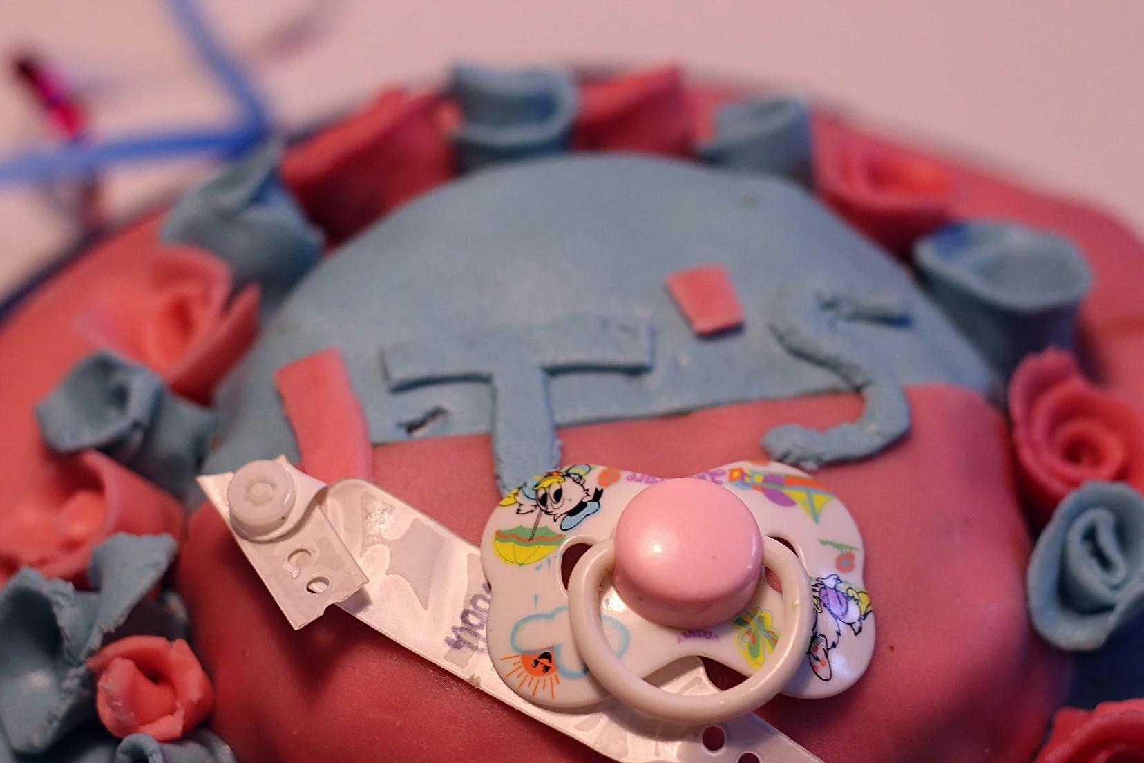 Överraskad med babyshower