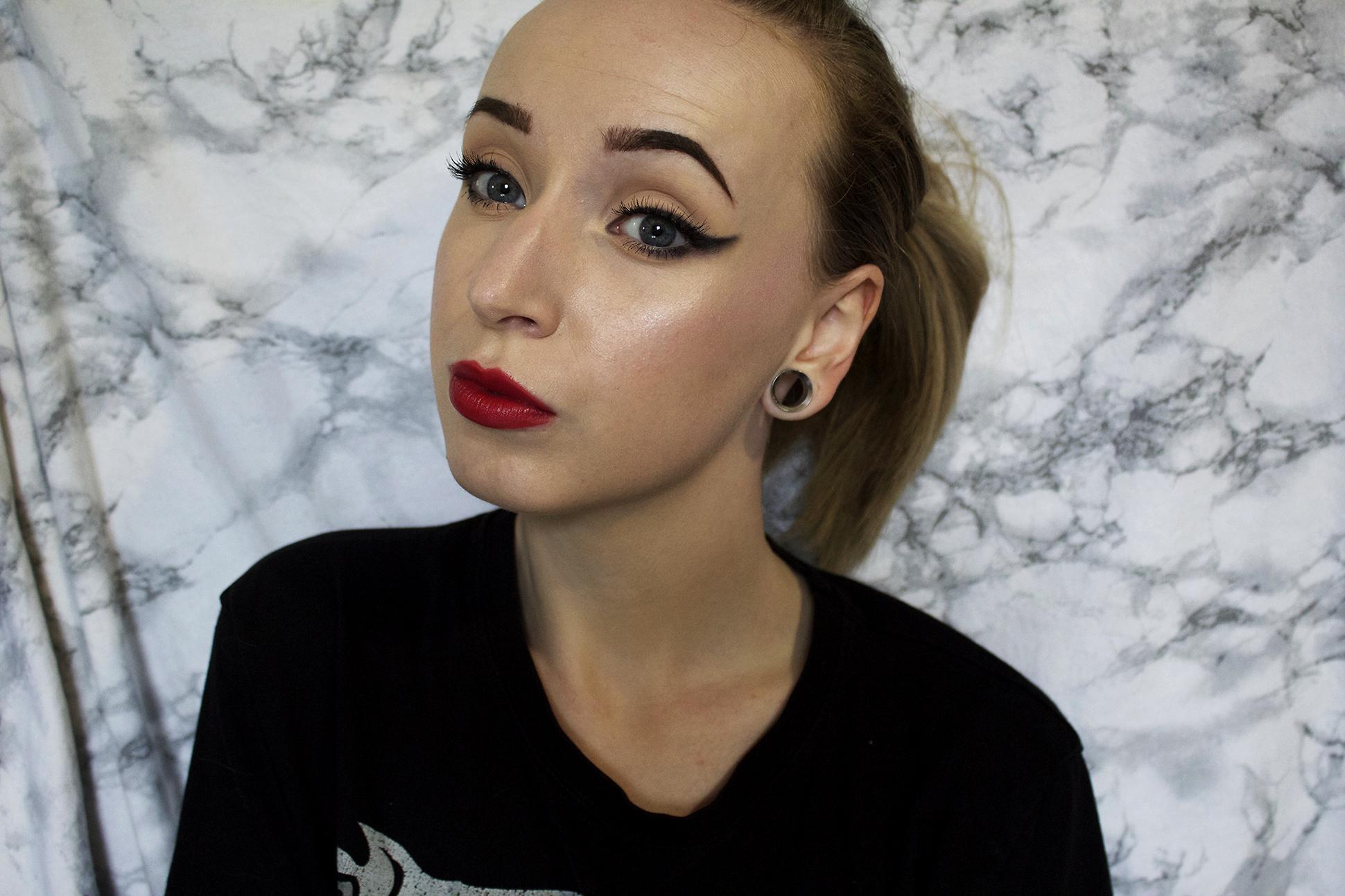 Makeup look: recreat an old look