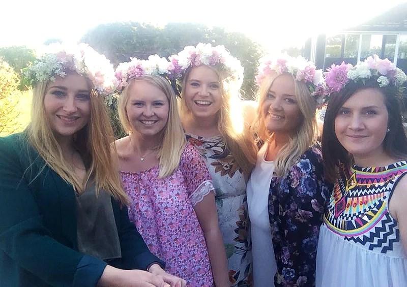 krist.in sommerfest blomsterkrans flower friends