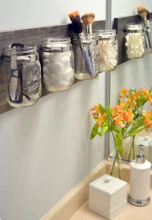 Snyggt sätt att organisera i badrummet