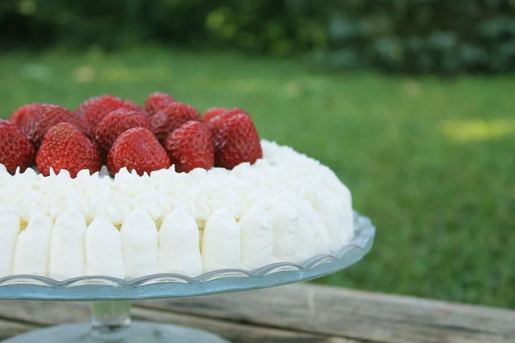 Glutenfri jordgubbstårta