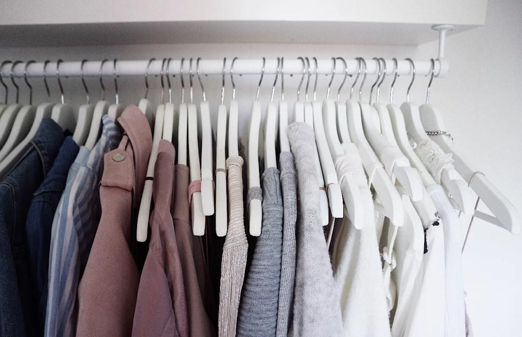 Rensa garderoben?