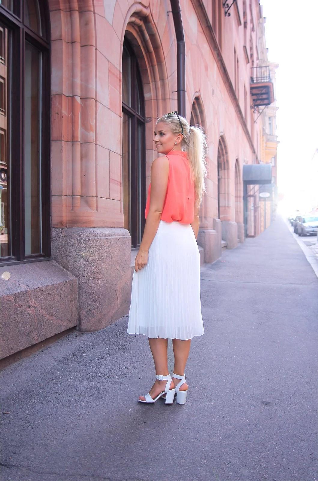Midi go-to skirt