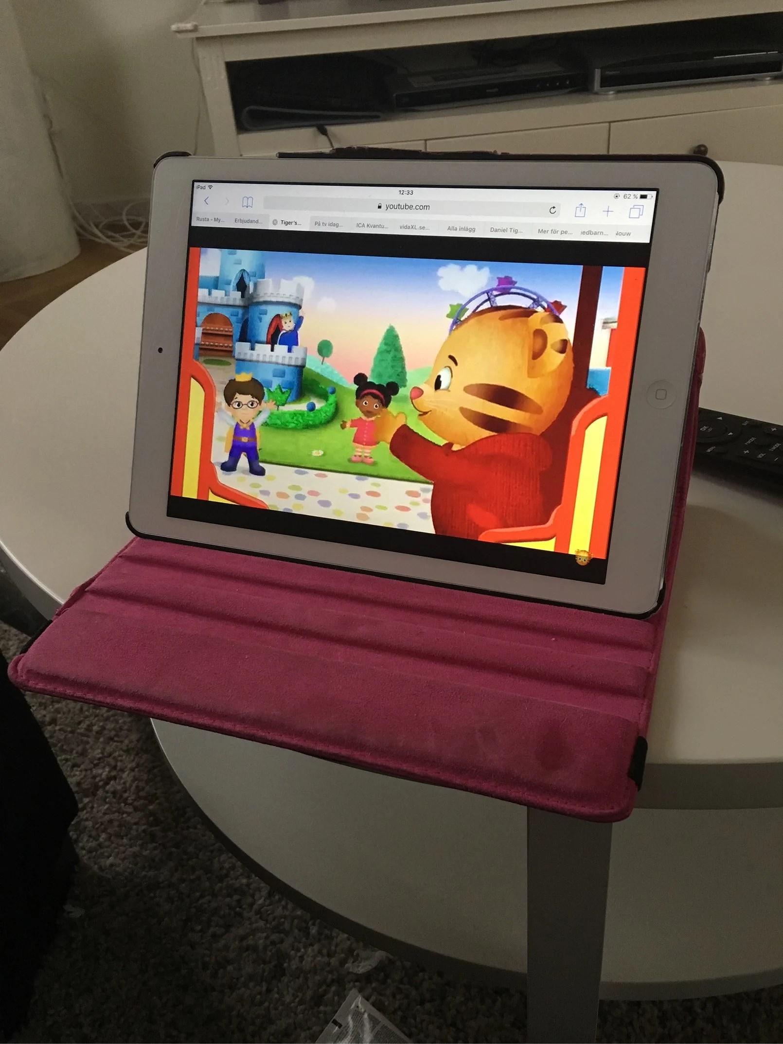 Hur ser ni på skärmtid för barn?