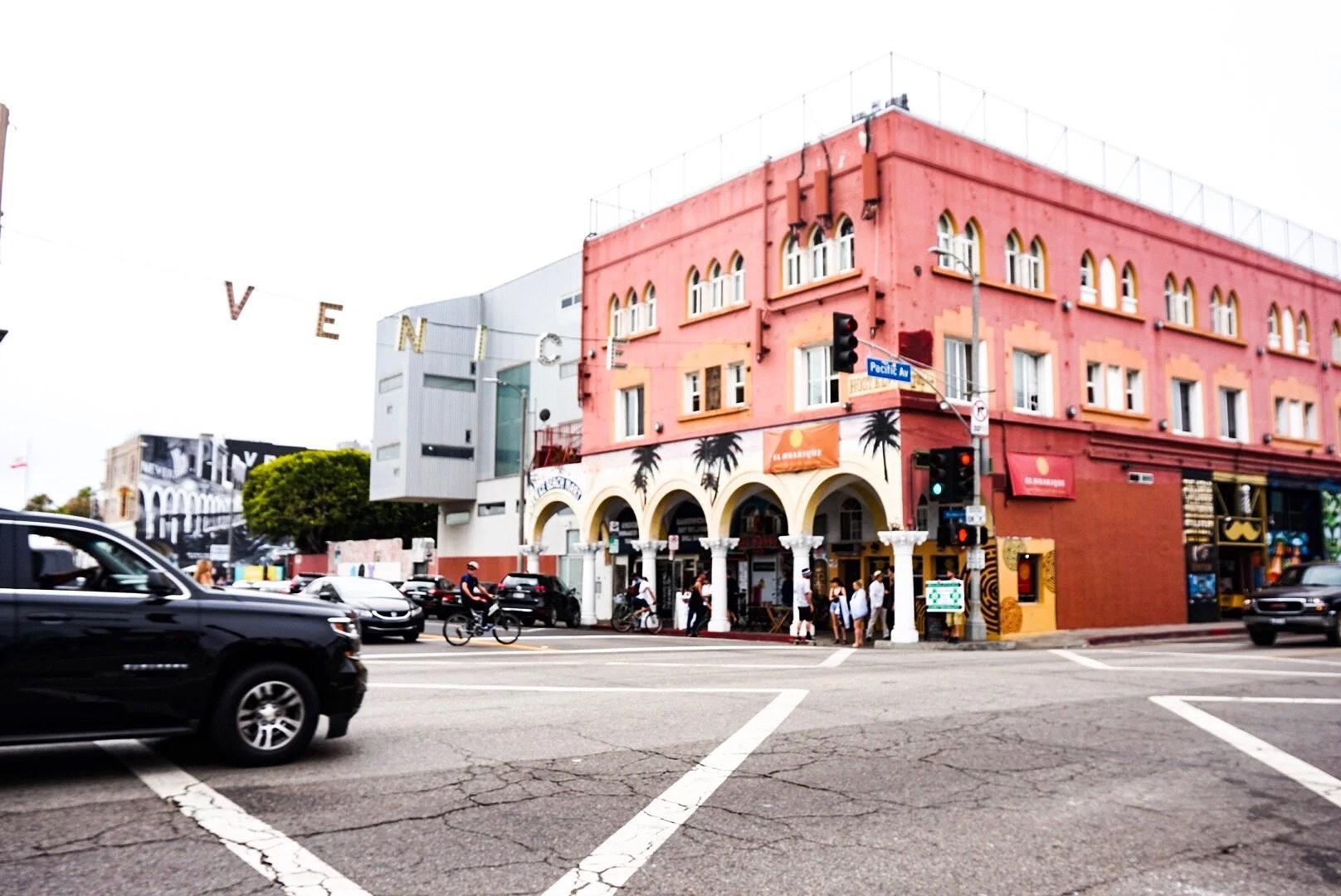 LOS ANGELES EXPLORING