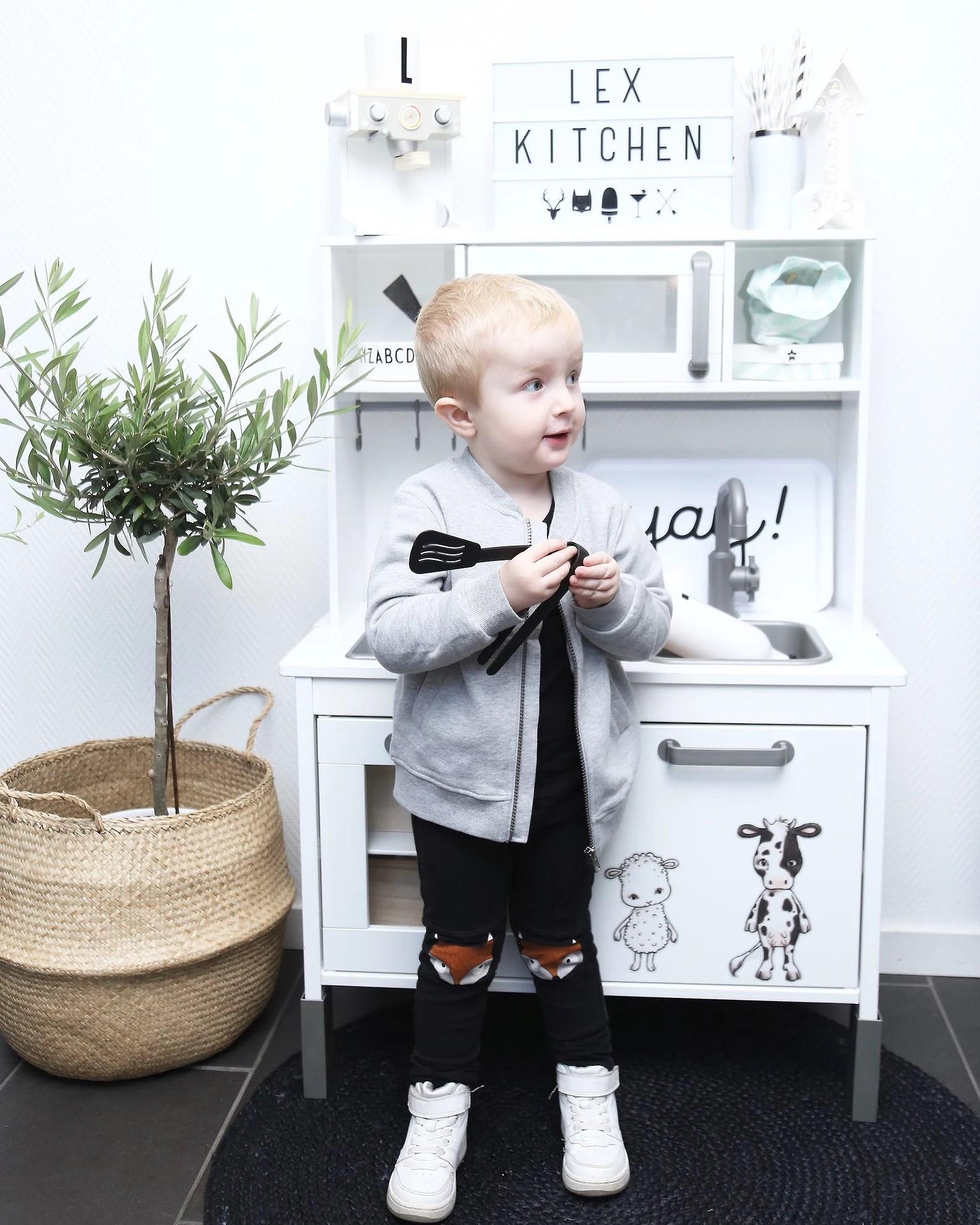DIY IKEA BARNKÖK