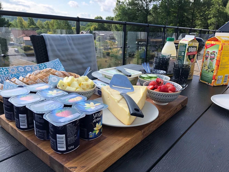 Finfrukost i solen ☀️