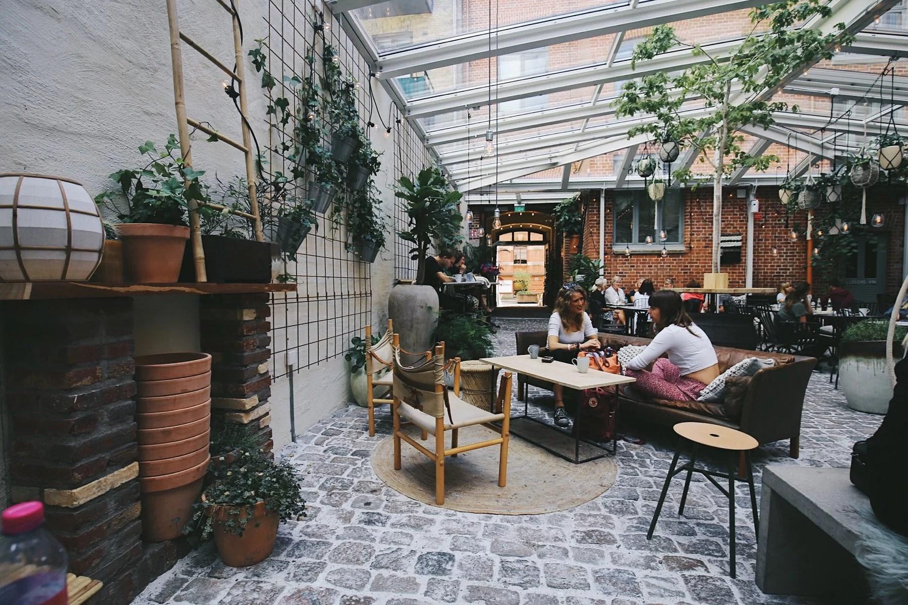 Lunch på Kafé Magasinet & Dagens Planer