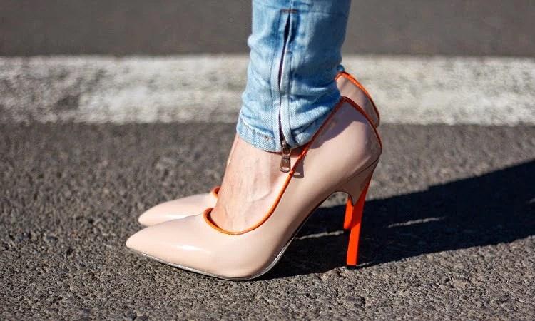 Nude classic heels