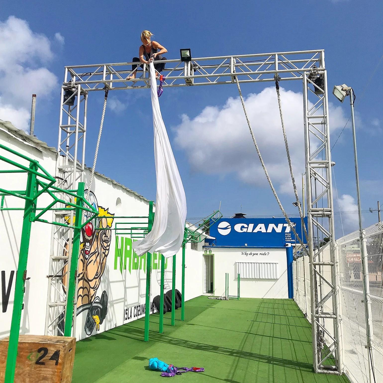 Aerial Silk - Cozumel