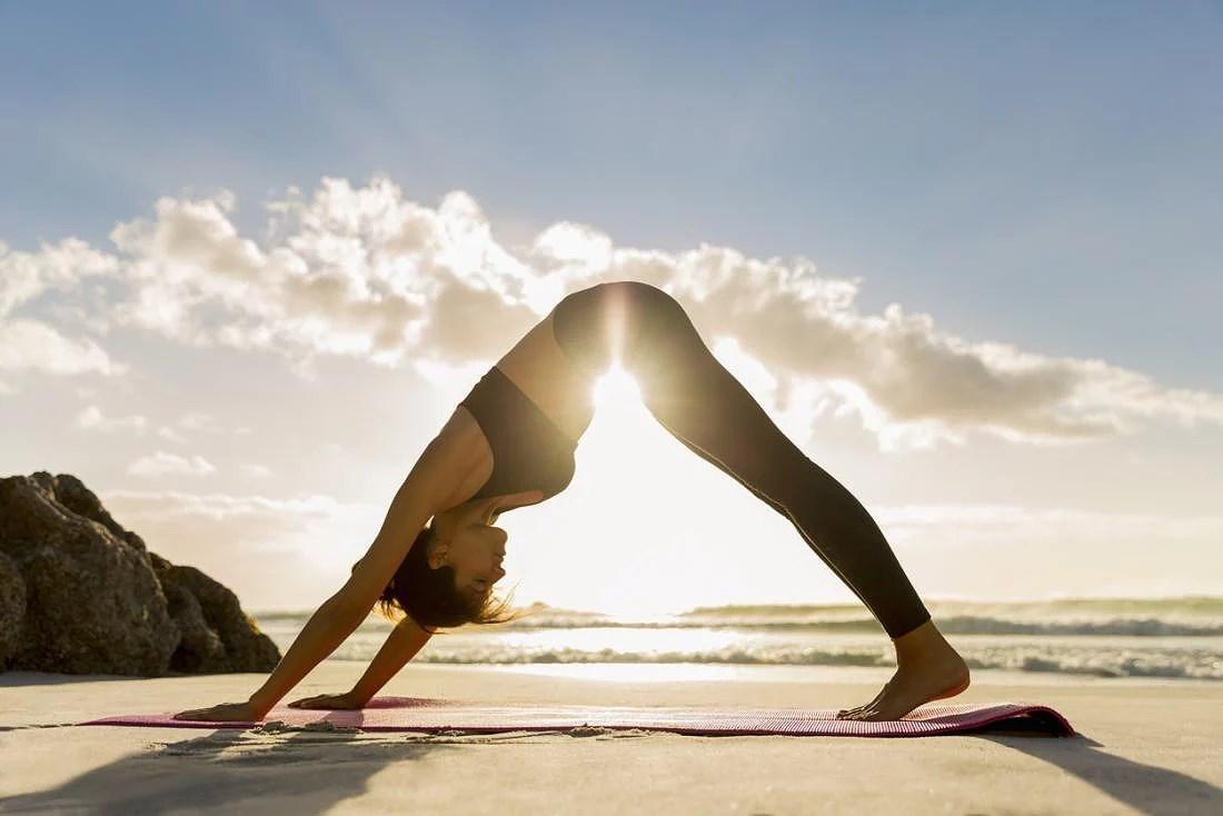 Att gå på yoga själv