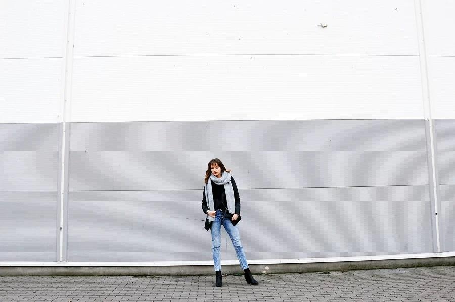 Slim Fit Boyfriend Jeans