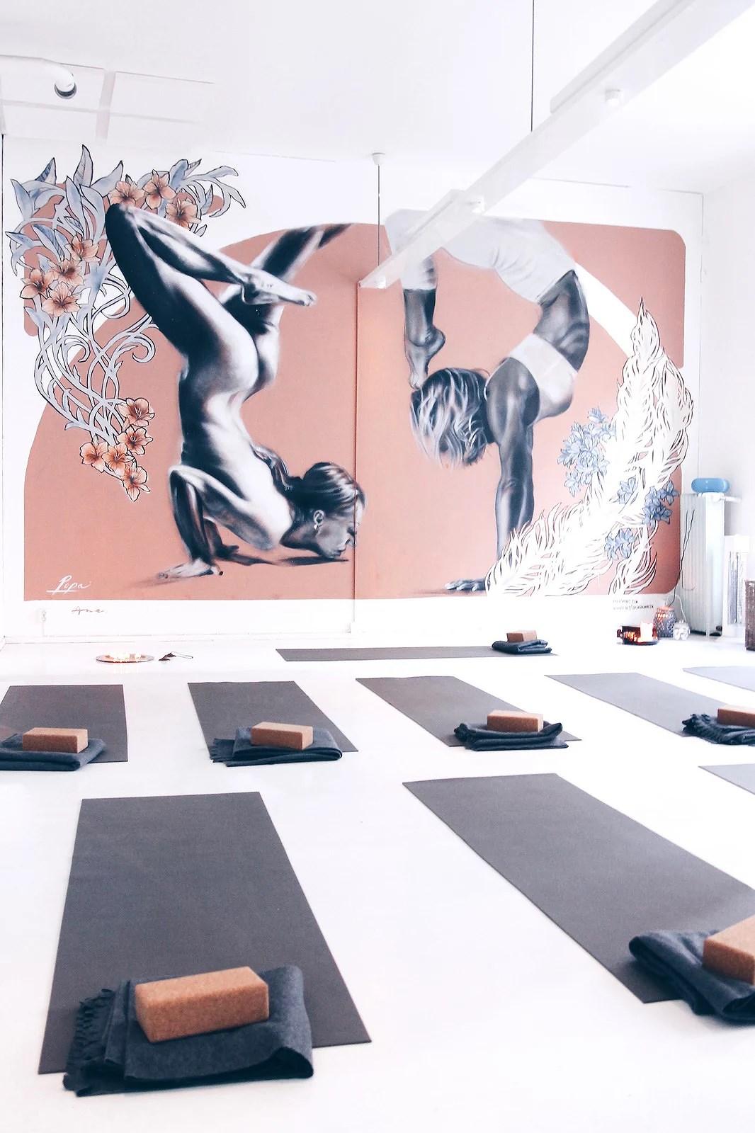 yogamorning2aa