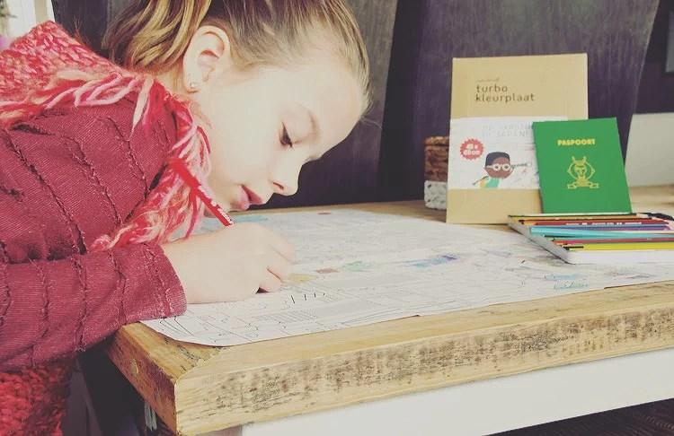 Makii kleurplaat op avontuur in Japan