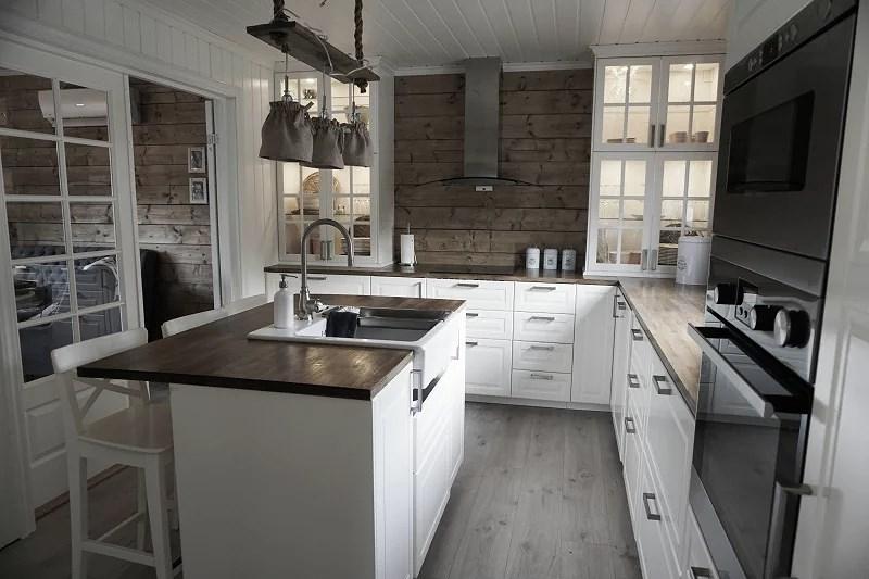 Fliser Til Grått Kjøkken: Kjøkken design med uvanlige valg ...