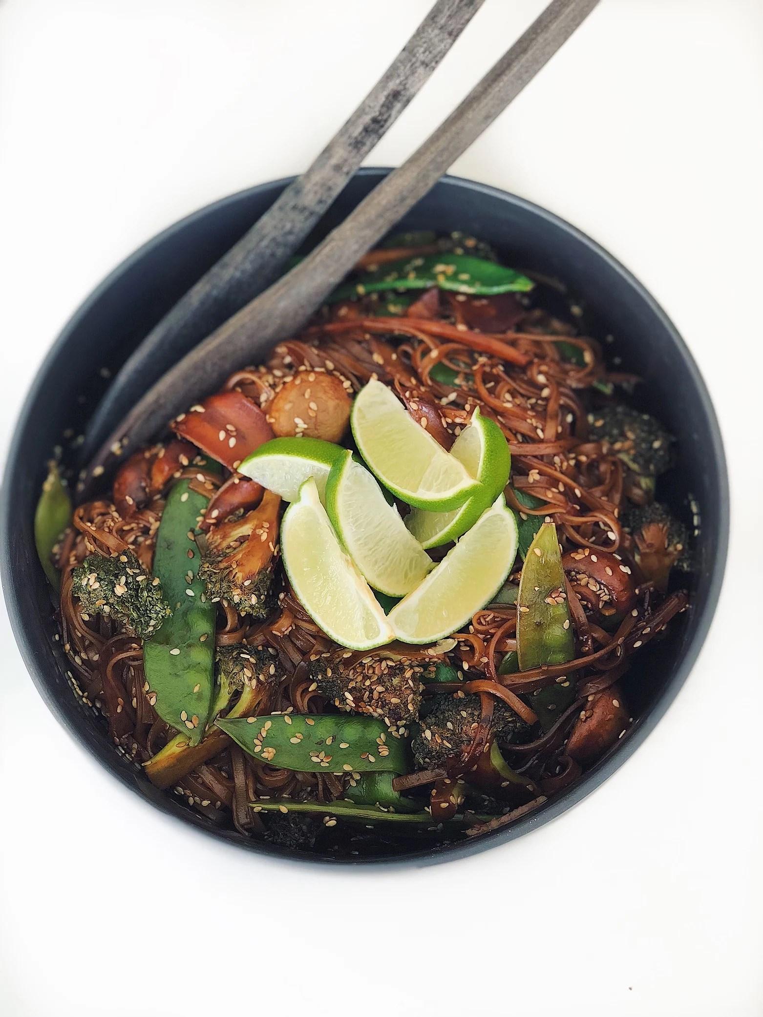 Sweet chiliwok med rostade sesamfrön