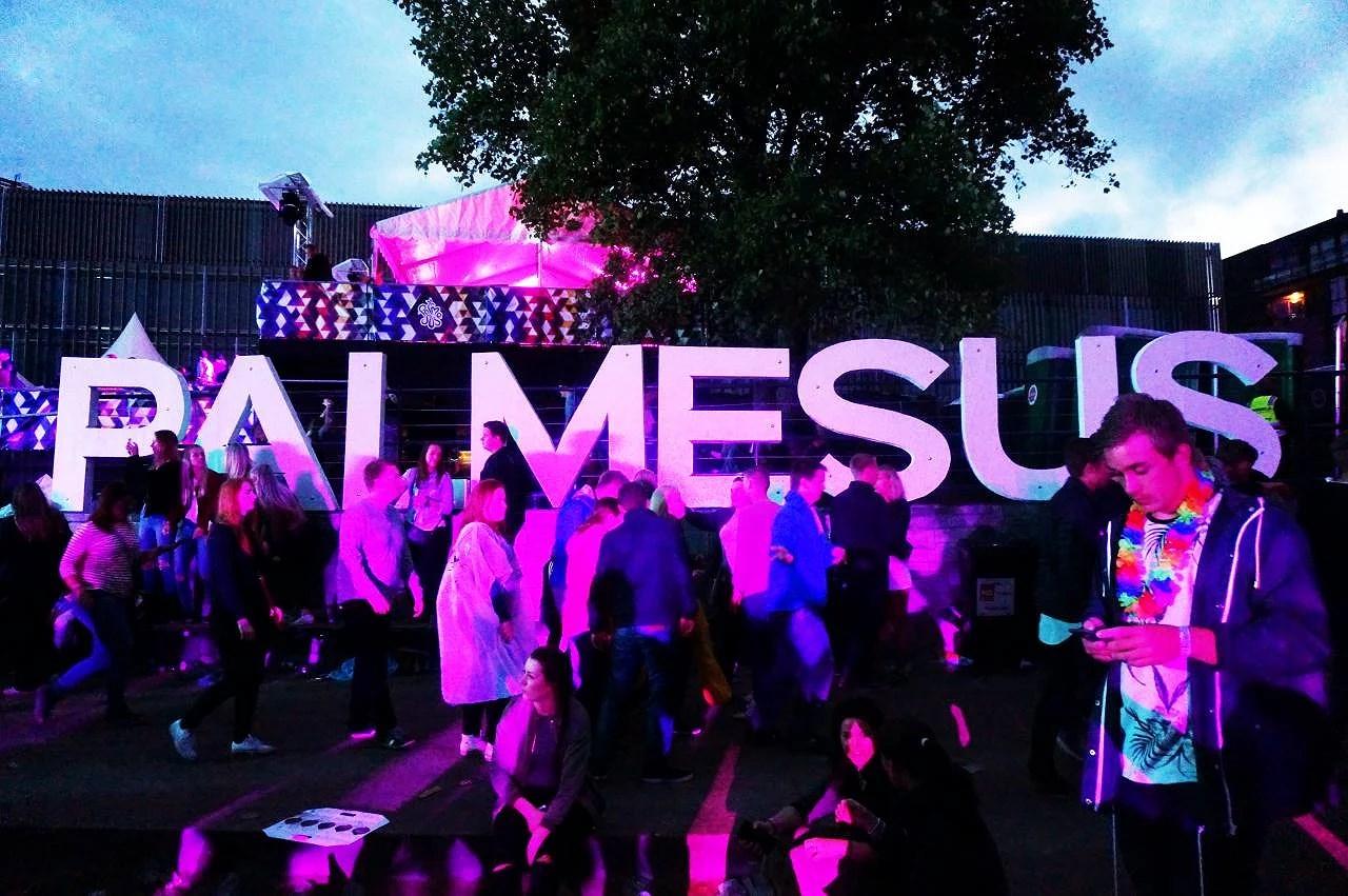 Helgen som gikk del 1 . . Palmesus i Kristiansand