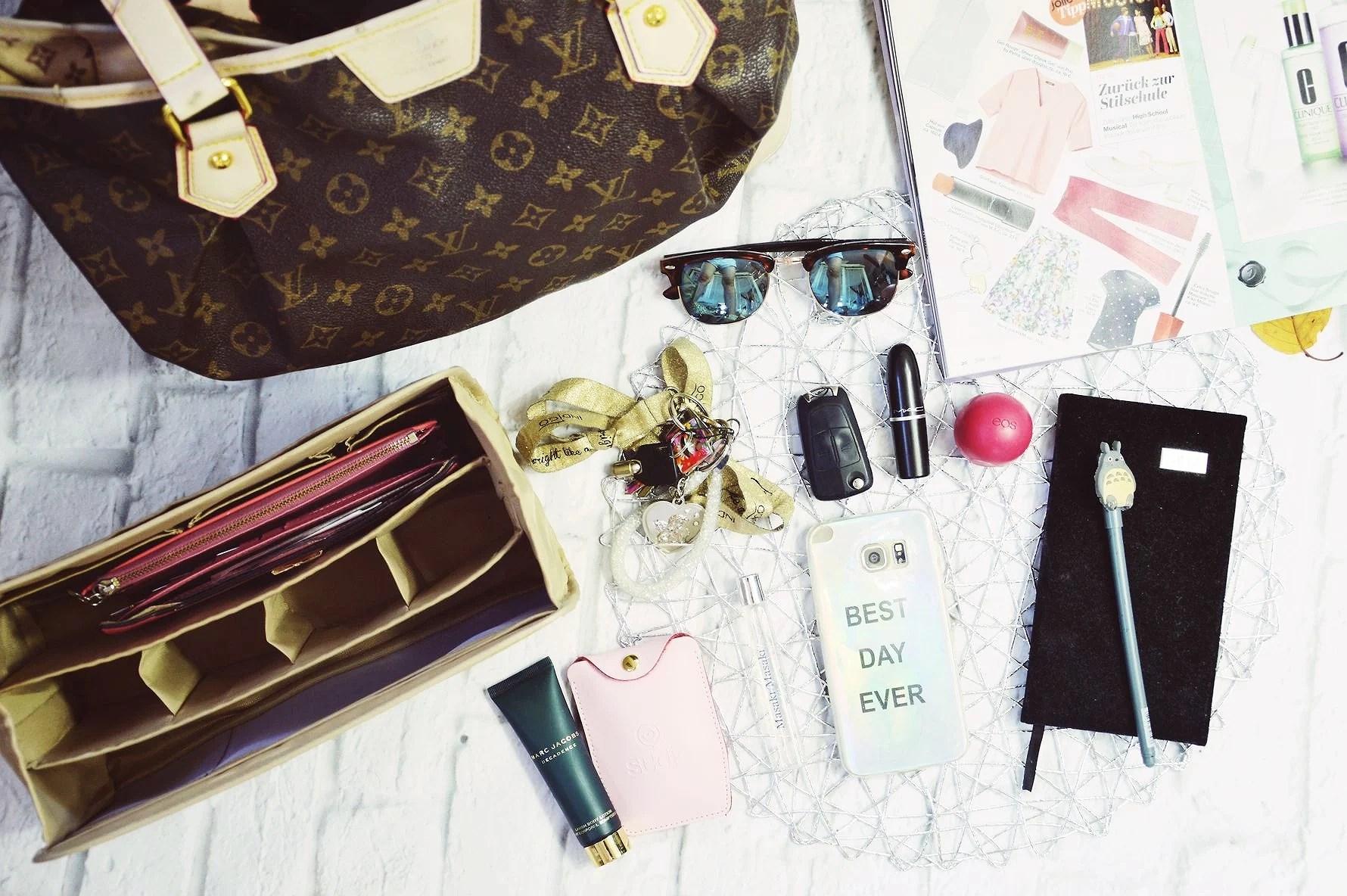 Organizer for handbag. What's Inside My Handbag?